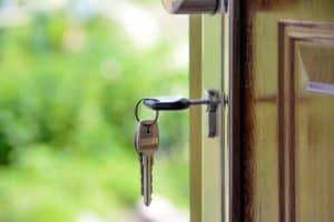 Rent Out Your Room or House on Airbnb or HomeAway