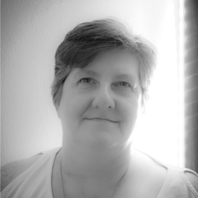 Picture of Alison Obrien- testimonial for  The Divine Art of Money- 21 Days to Manage Your Money Like a Pro! online course